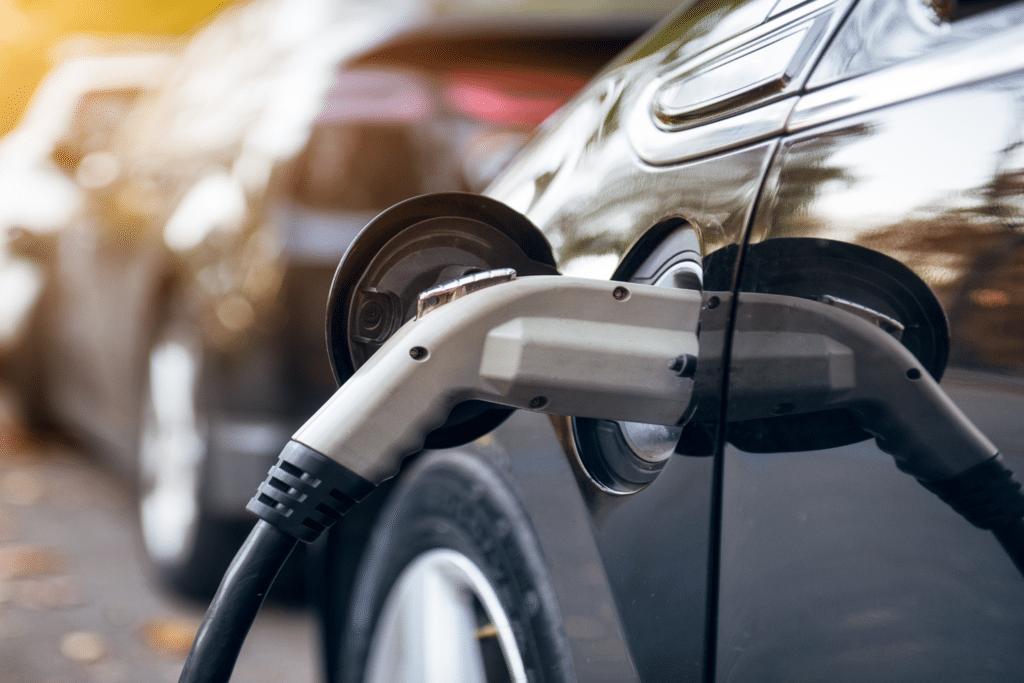 OPEN tarjoaa ratkaisuja myös energia- ja autonlatausasemille